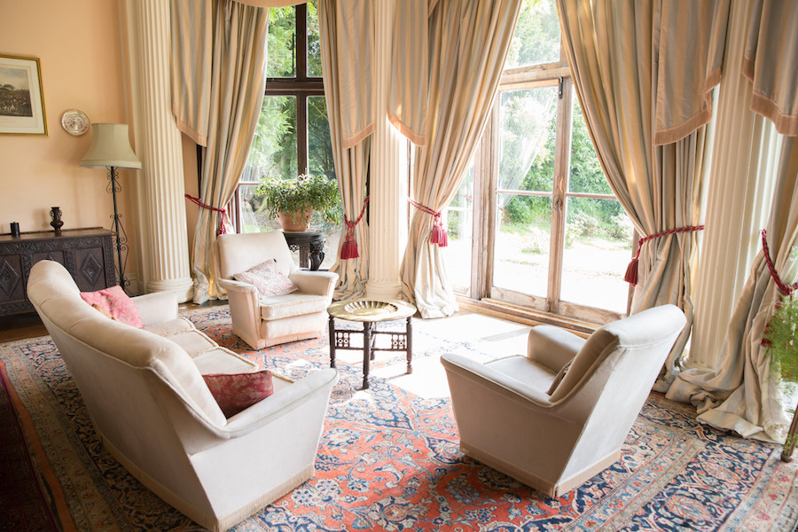 Big Sitting Room bay windows
