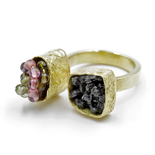 Double Pod Ring