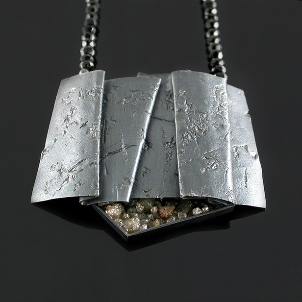 Folded Screen Necklace
