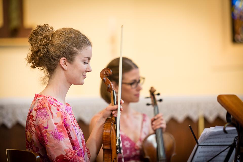 Susannah & Sara - Violinists