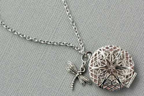 Dragonfly Diffuser Necklace