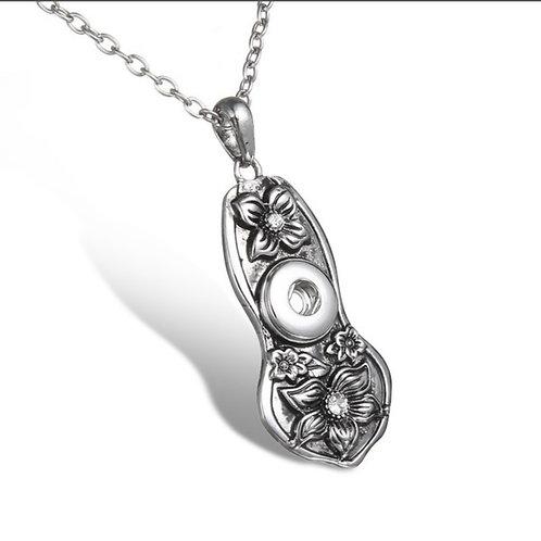 Floral Mini Necklace