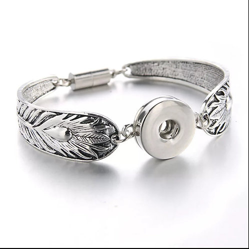Silver Feather Snap Bracelet