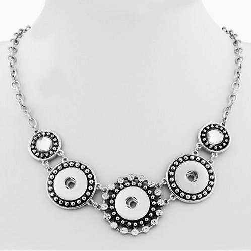 Rhinestone Triple Snap Necklace