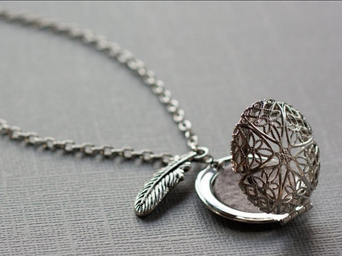 Feather Diffuser Necklace