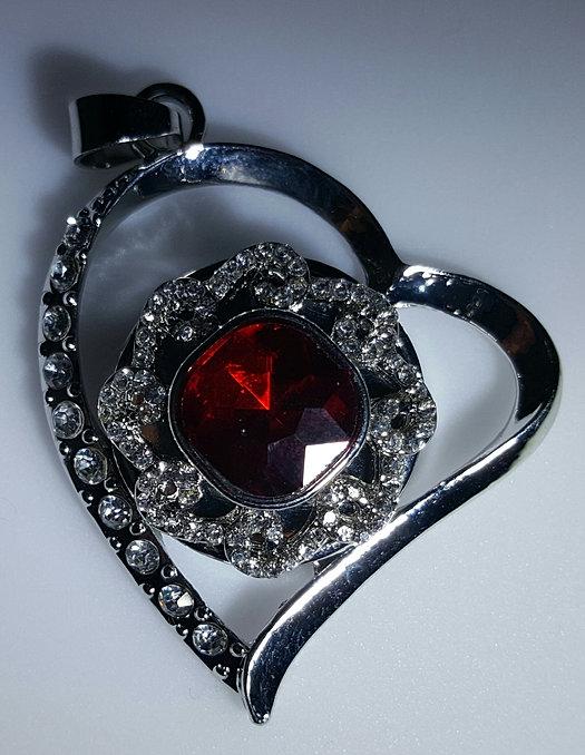 "Dazzling jewelry watches: ""Dior VIII Grand Bal Piece unique Envol"""