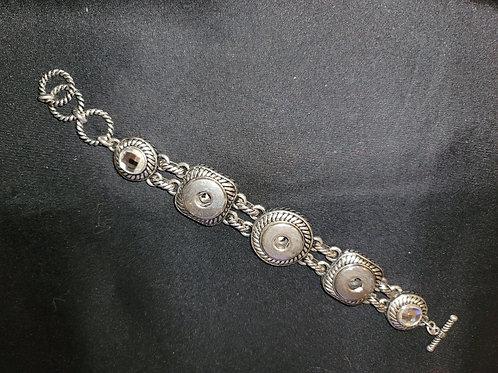 Multi-snap Bracelet
