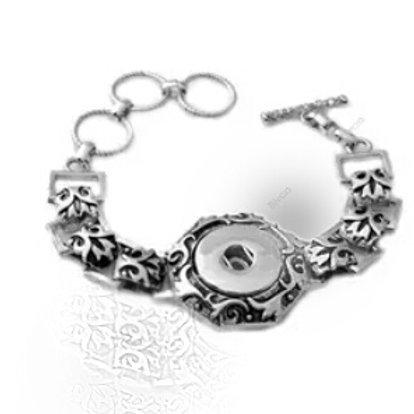 Swirl Snap Bracelet