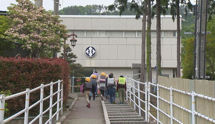 丸子地域の小中高校の分散登校初日の様子をご紹介します