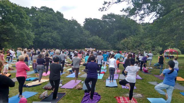 Yoga-Southampton-group-2015