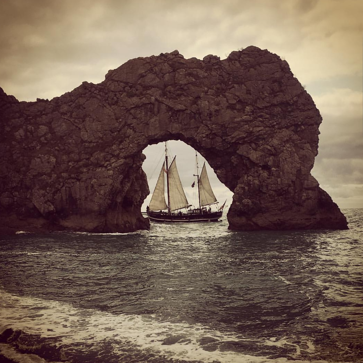 Moonfleet Sailing at Durdle Door by Carl