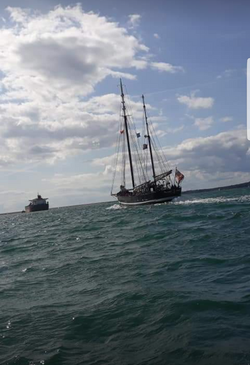 Moonfleet Sailing in Weymouth Bay by  Lo