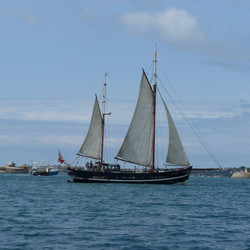 Moonfleet Sailing taken by Alan Mayall i