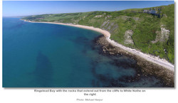 ringstead_bay_with_the_rocks_that_extend