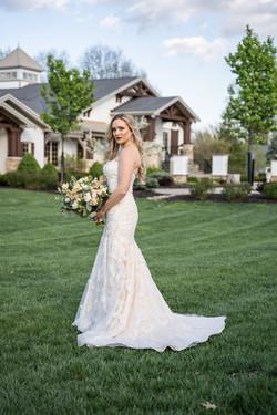 Stunning Bridal Portrait Manor House Mason Ohio