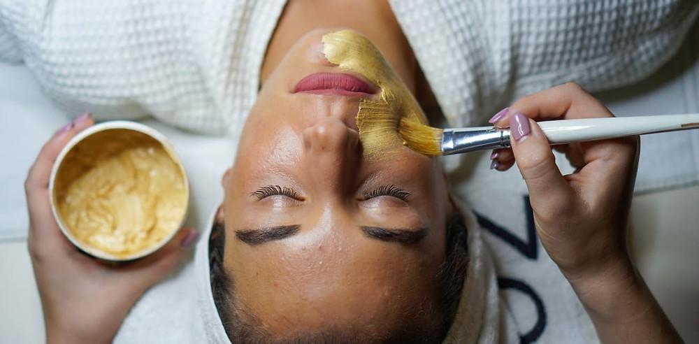 Manuka Maske gegen unreine Haut