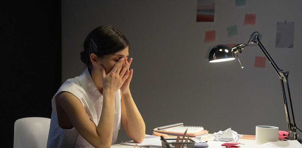 Müde Augen: Office Eye Syndrom oder Entzündung