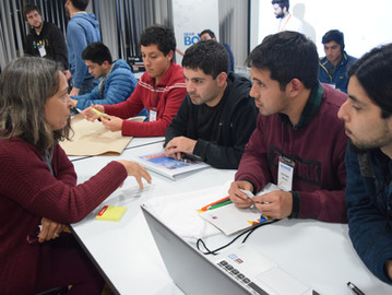 Idea Labs reunió a jóvenes emprendedores con mentores extranjeros