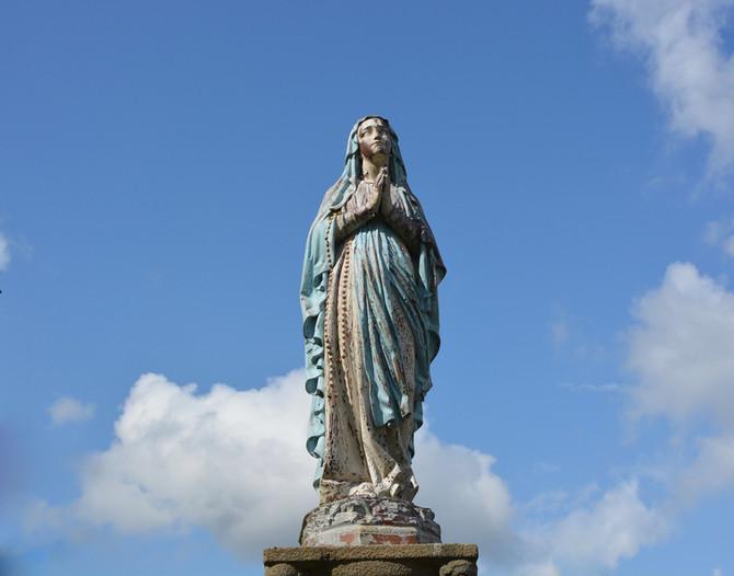 En ce mois de Mai, prions avec Marie