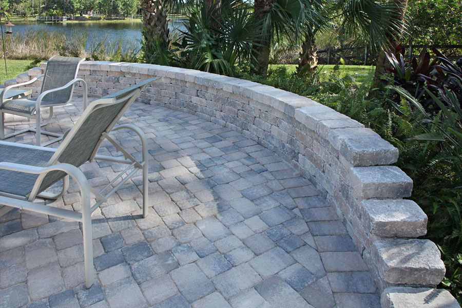 Travertine & Pavers Decks