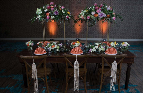 Open_Invitation_Premier_Wedding_Magazine_tablescape