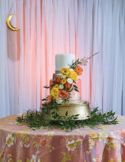 Open_Invitation_Premier_Wedding_Magazine_cake