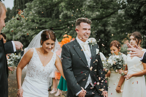 Enjoy your confetti moment with petal confetti from Emma Jane Floral Design