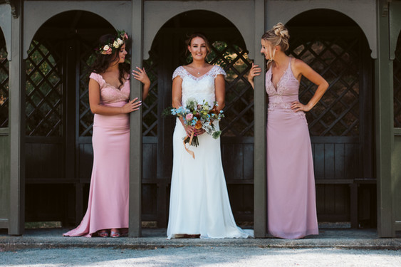 Bridal party flowers by Emma Jane Floral Design