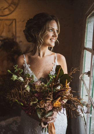 Lots of textures were used in this luxurious autumnalbridal bouquet by Emma Jane Floral Design