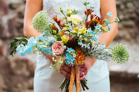 Wild and free bridal bouquet by Emma Jane Floral Design