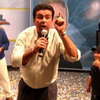 O VAMPIRISMO MIDIÁTICO JORRANDO SANGUE NA SUA TELA E NAS RUAS!
