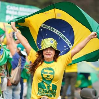 """Porque o Brasil do """"mito"""" não vai reclamar do preço da carne e do gás neste 7 de setembro??"""