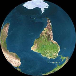 O Mundo está ao contrário e ninguém reparou - whatsapp off, tsunami no Nordeste, o Saara em SP?