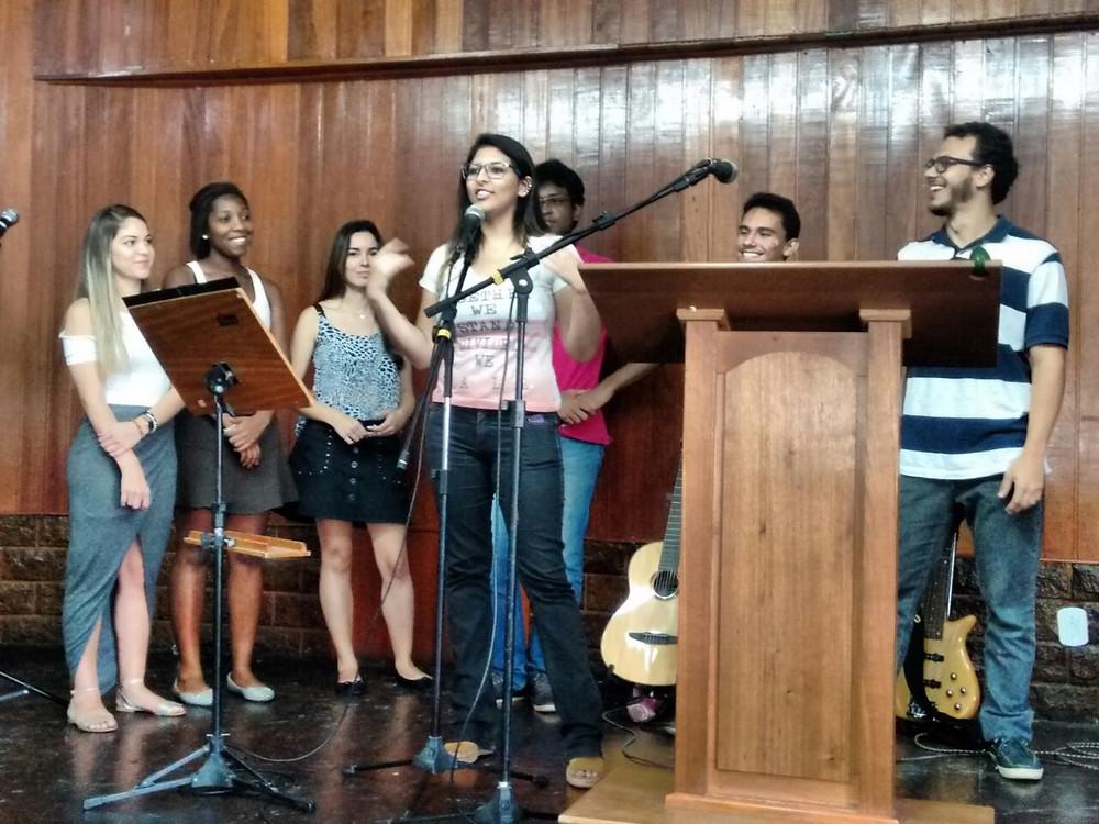 Universitários missionários