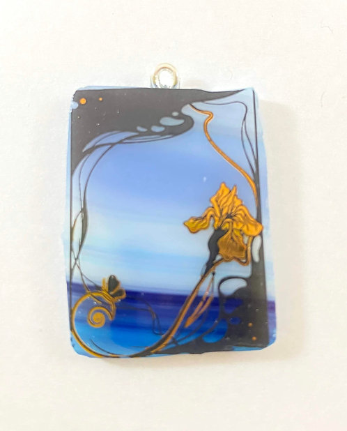 Flower by the Sea Pendant