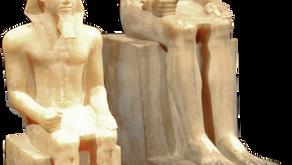 ファラオの石像