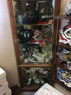 Autographed Hockey Memorabilia.