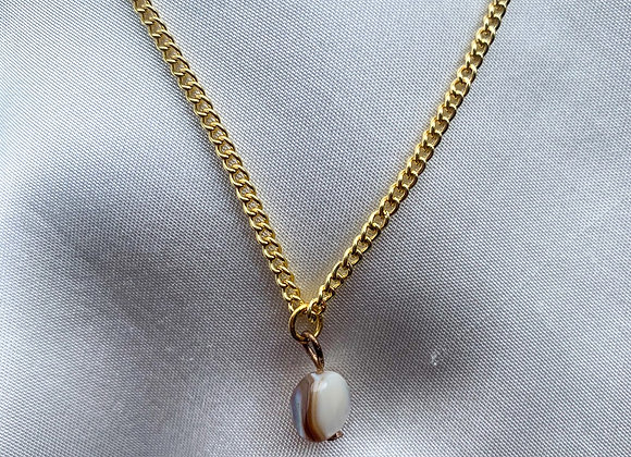 Necklace brown pearl