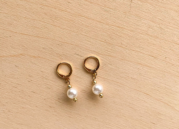 Mini hoops white pearl