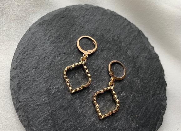 Mini hoops Arabic vibes