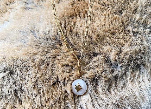 Chain necklace parel hanger