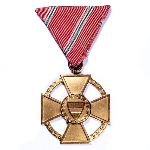 Order of Merit of the Republic of Hungary, 1946 (1st Class/Gold Grade)