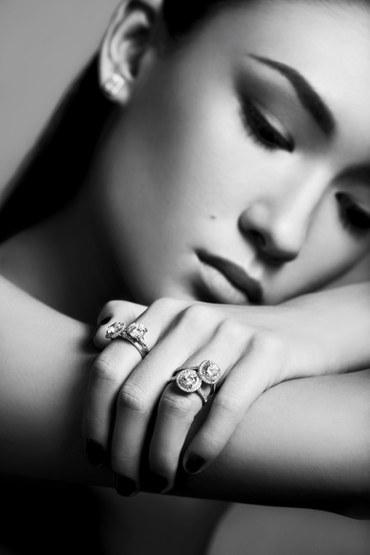 77 Diamonds Make-up Antonina Model Julia