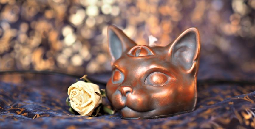 Mystical Cat Candle