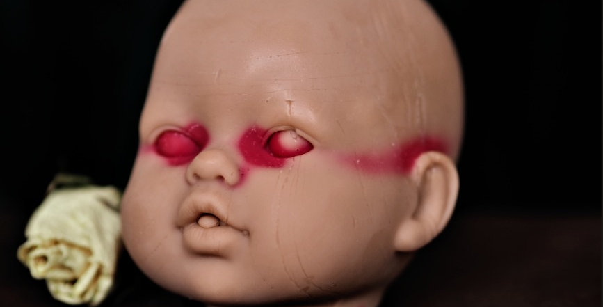 Bleeding Baby Doll's Head Candle