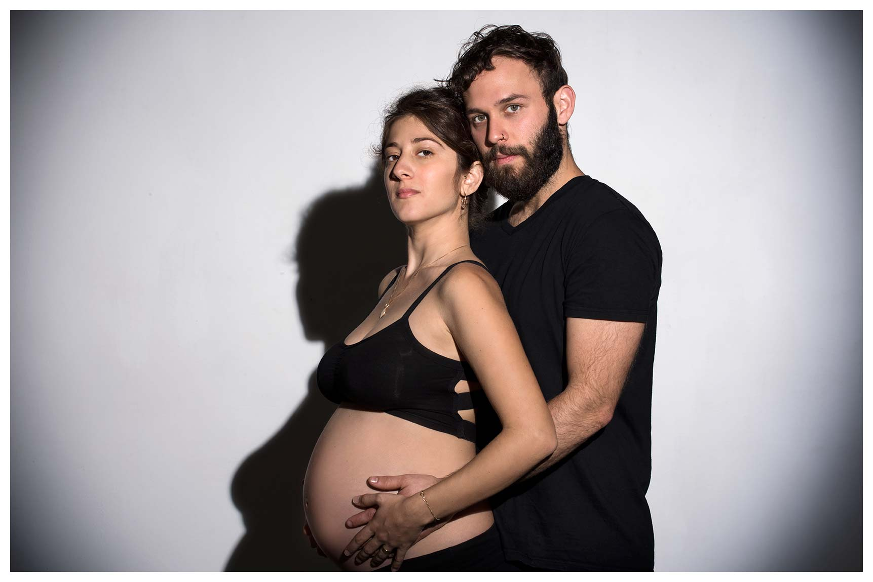 Pregnancy photos in the studio