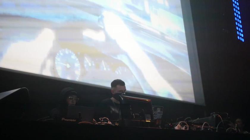 MUNGO + IKONIKA - Live In Madrid CLIP.mp