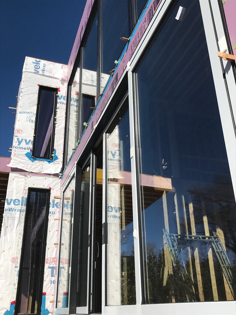 Lift & Slide Door with fixed windows above