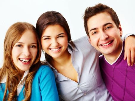 Amigos podem ser geneticamente semelhantes, indica estudo