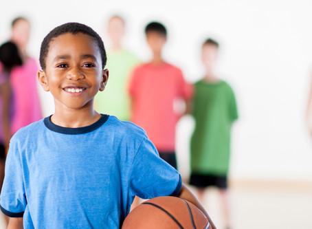Crianças até os 12 anos precisam variar os tipos de atividade física